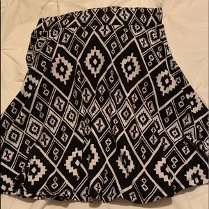 Skirt Hibiscus Pattern Small/Med